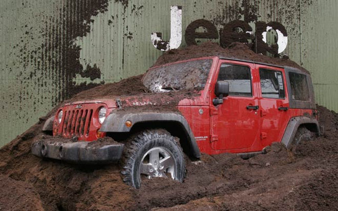 112_06nyas_01x-2007_jeep_wrangler_unlimited-front_view.jpg