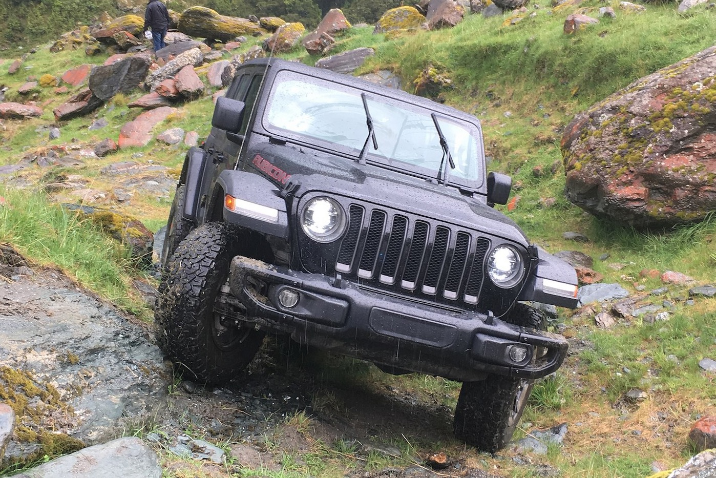 First in-action photos + videos of 2018 Wrangler JL and ...