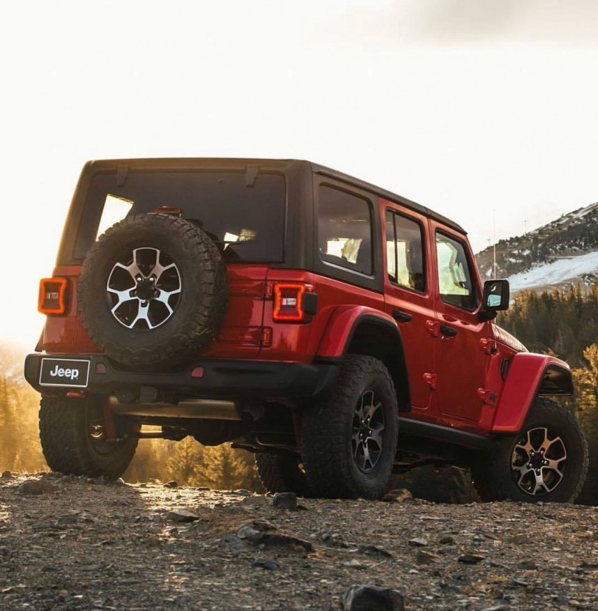 2018-jeep-wrangler-JL-Rubicon-Firecracker-red1.jpg