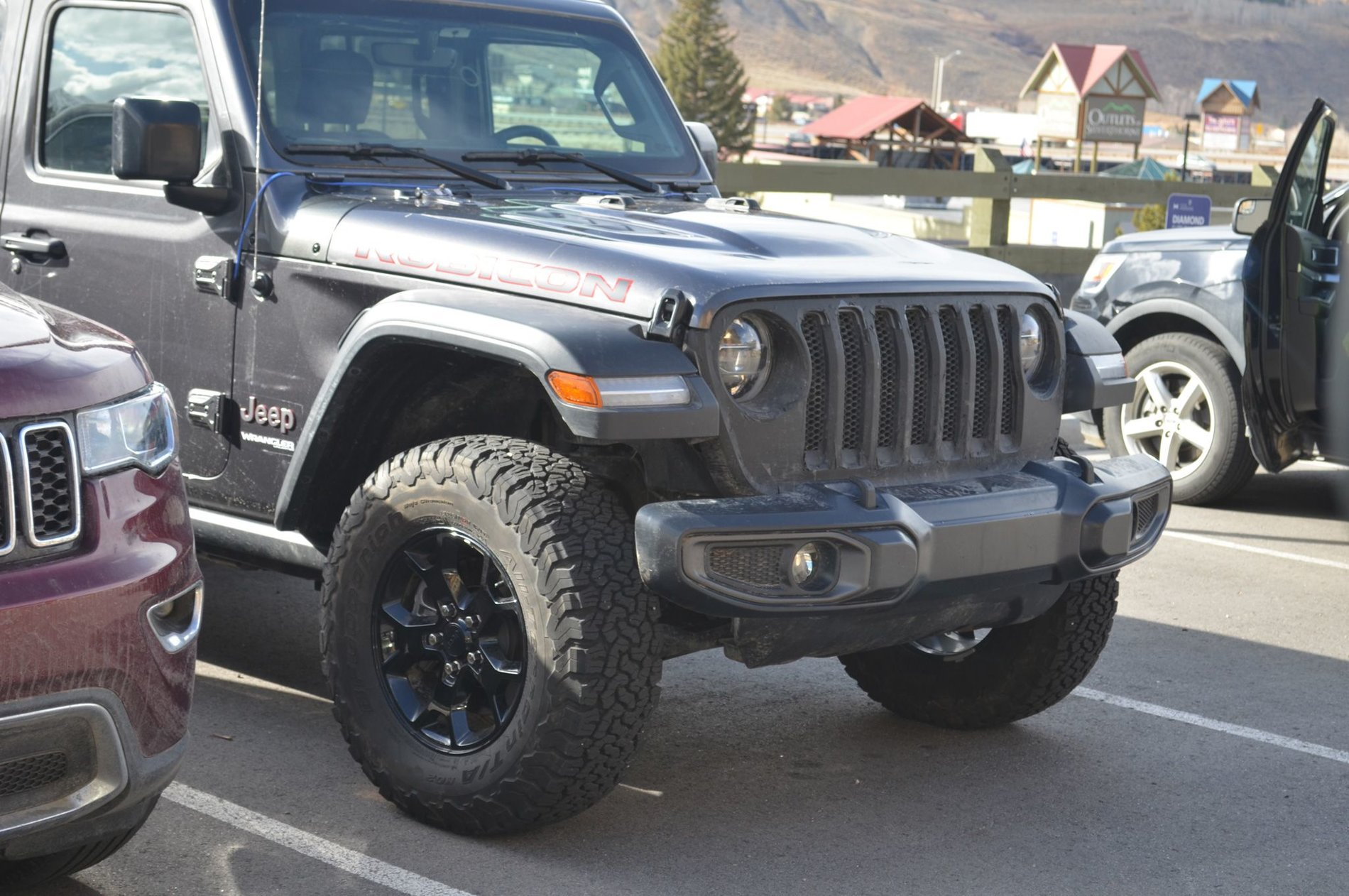2018-jeep-wrangler-unlimited-rubicon-granite5.jpg
