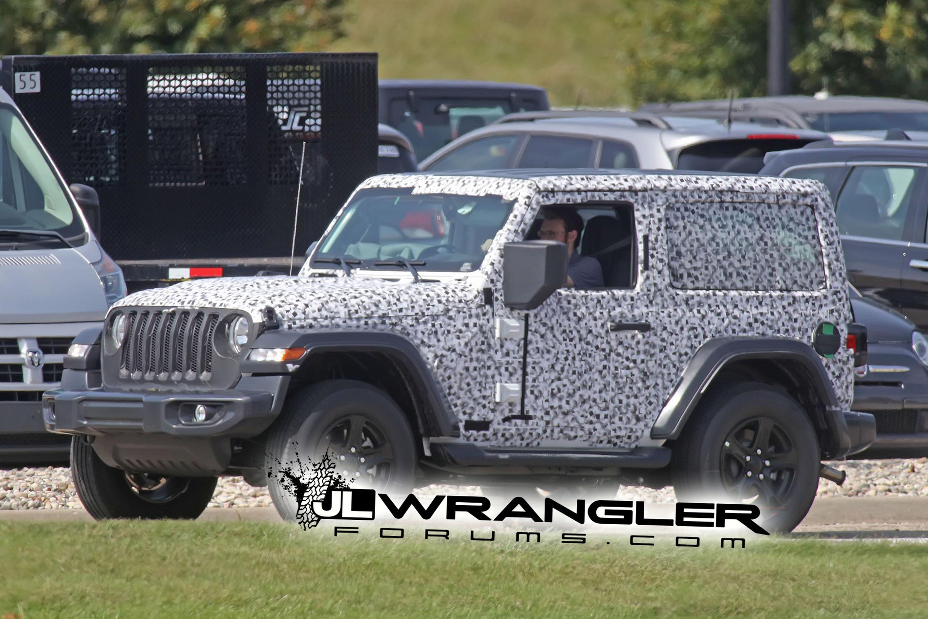 spied wrangler 2 door jl rubicon soft top and export jl sport hard top 2018 jeep wrangler. Black Bedroom Furniture Sets. Home Design Ideas