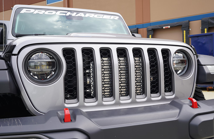 2020_supercharged_jeep_gladiator_procharger_grill_main.jpg