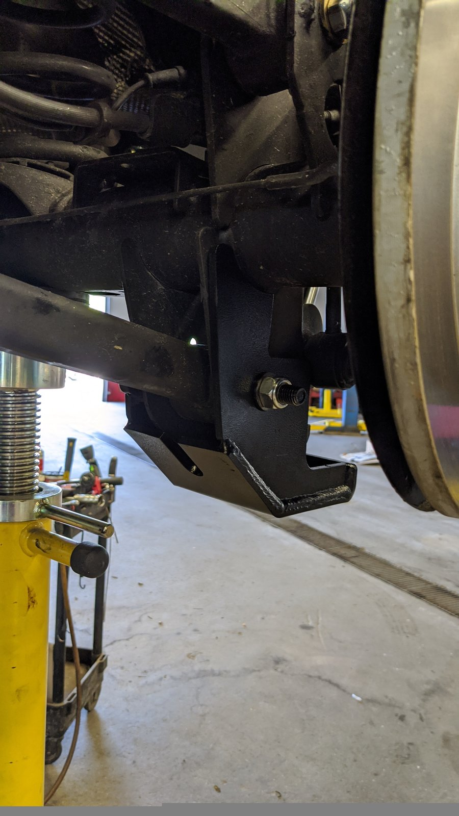 20Jeep Rock hard Rear Control Arm skid.jpg
