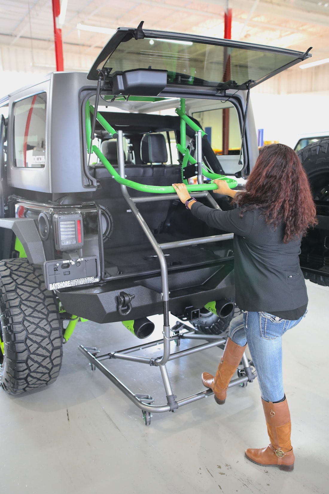 Anybody Find A Hard Top Hoist For The Jl Yet 2018 Jeep Wrangler