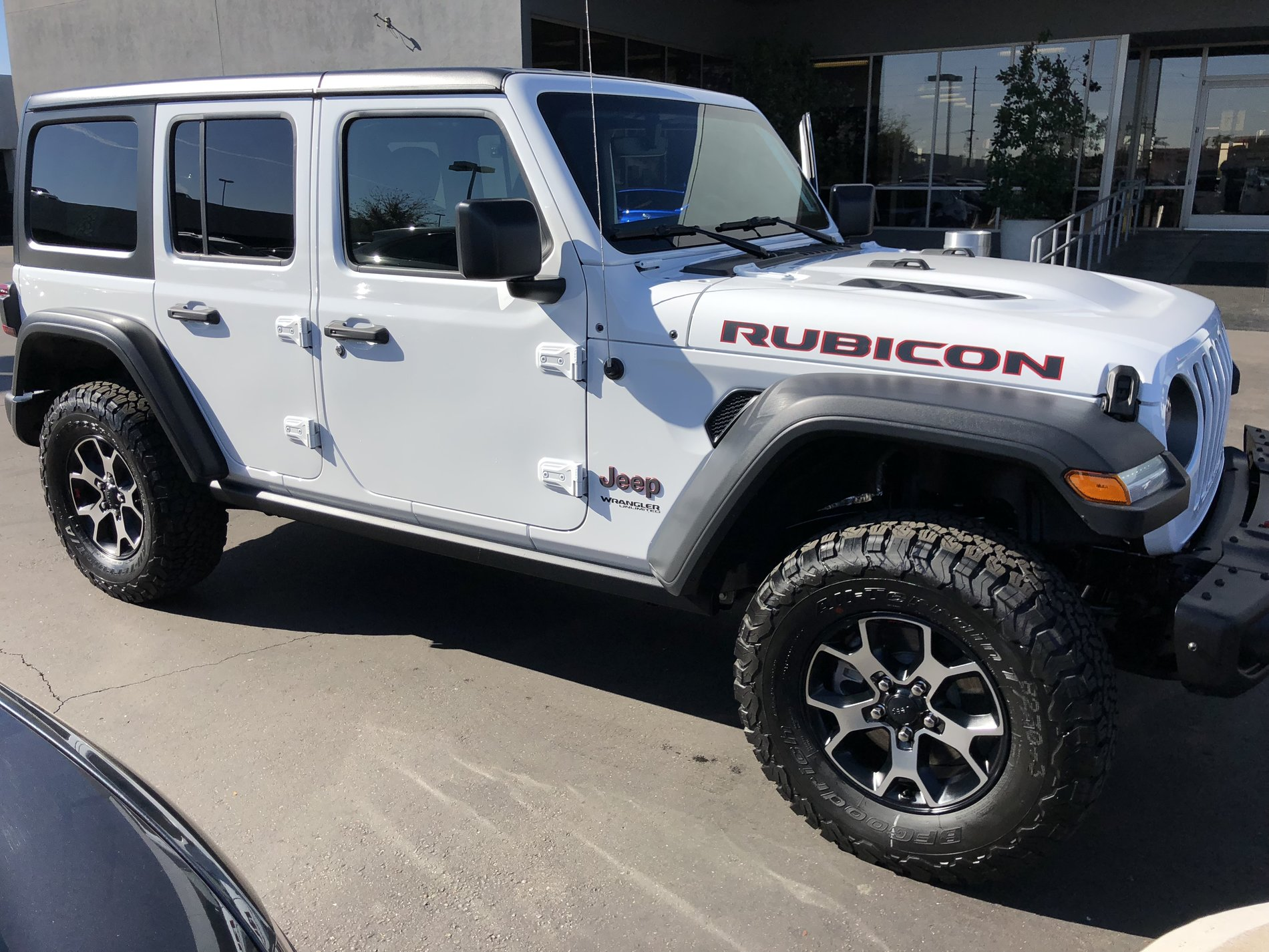 Jeep Wrangler Pickup Truck >> Picked up Our Bright White JLUR | 2018+ Jeep Wrangler Forums (JL / JT) - Pickup Truck, Rubicon ...