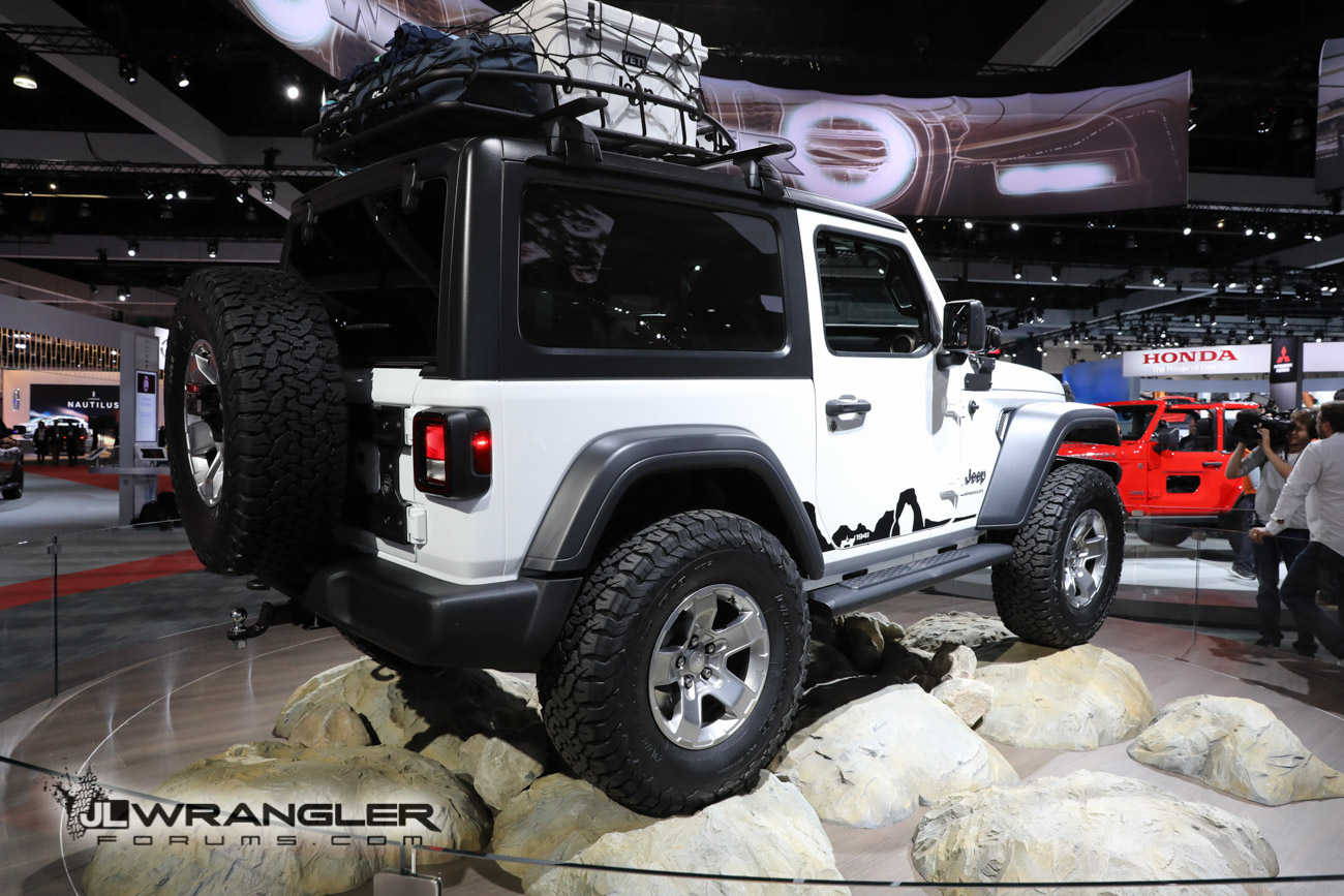 Untitled X furthermore S L further There S A Door Jeep Wrangler In Las Vegas And Another In Texas moreover Jeep Lower Forty in addition Whatsapp Image At Pm. on 2016 jeep wrangler truck 4 door