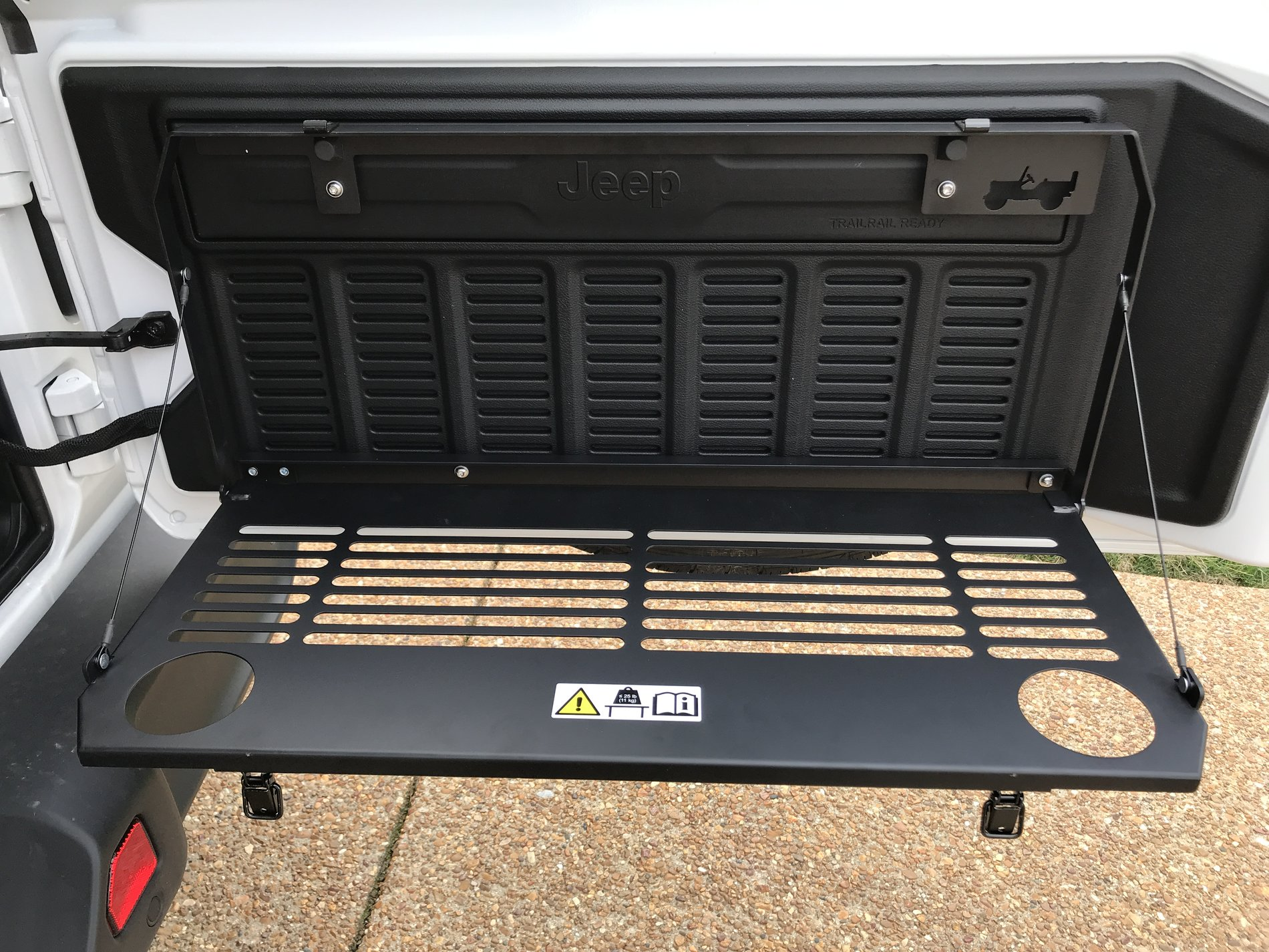 Jeep Wrangler For Sale Ct >> Tailgate Table | 2018+ Jeep Wrangler Forums (JL / JLU ...