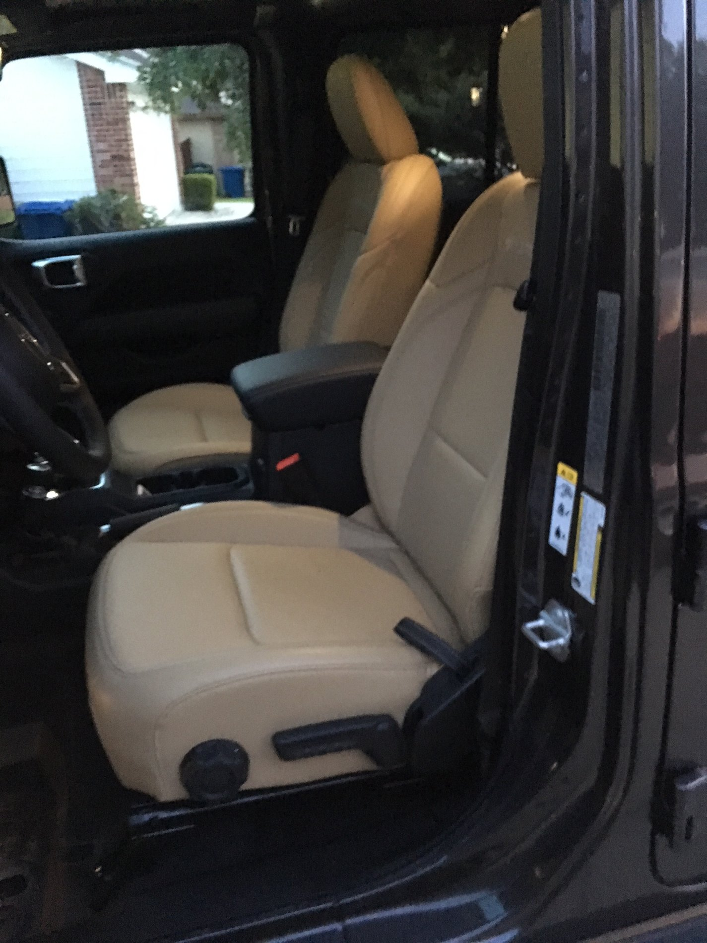 Please Show Me Some Tan Interiors Page 2 2018 Jeep Wrangler Forums Jl Jlu Rubicon Sahara Sport Unlimited Jlwranglerforums Com