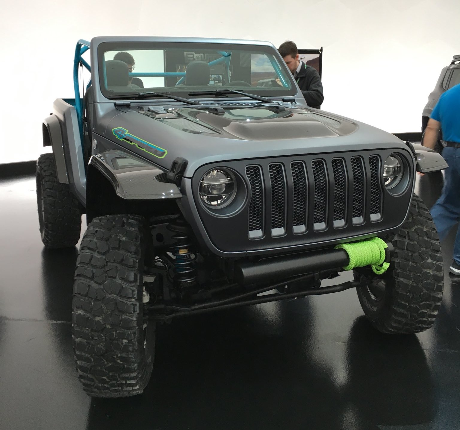 Jeep-4speed-Concept-Wrangler.jpeg