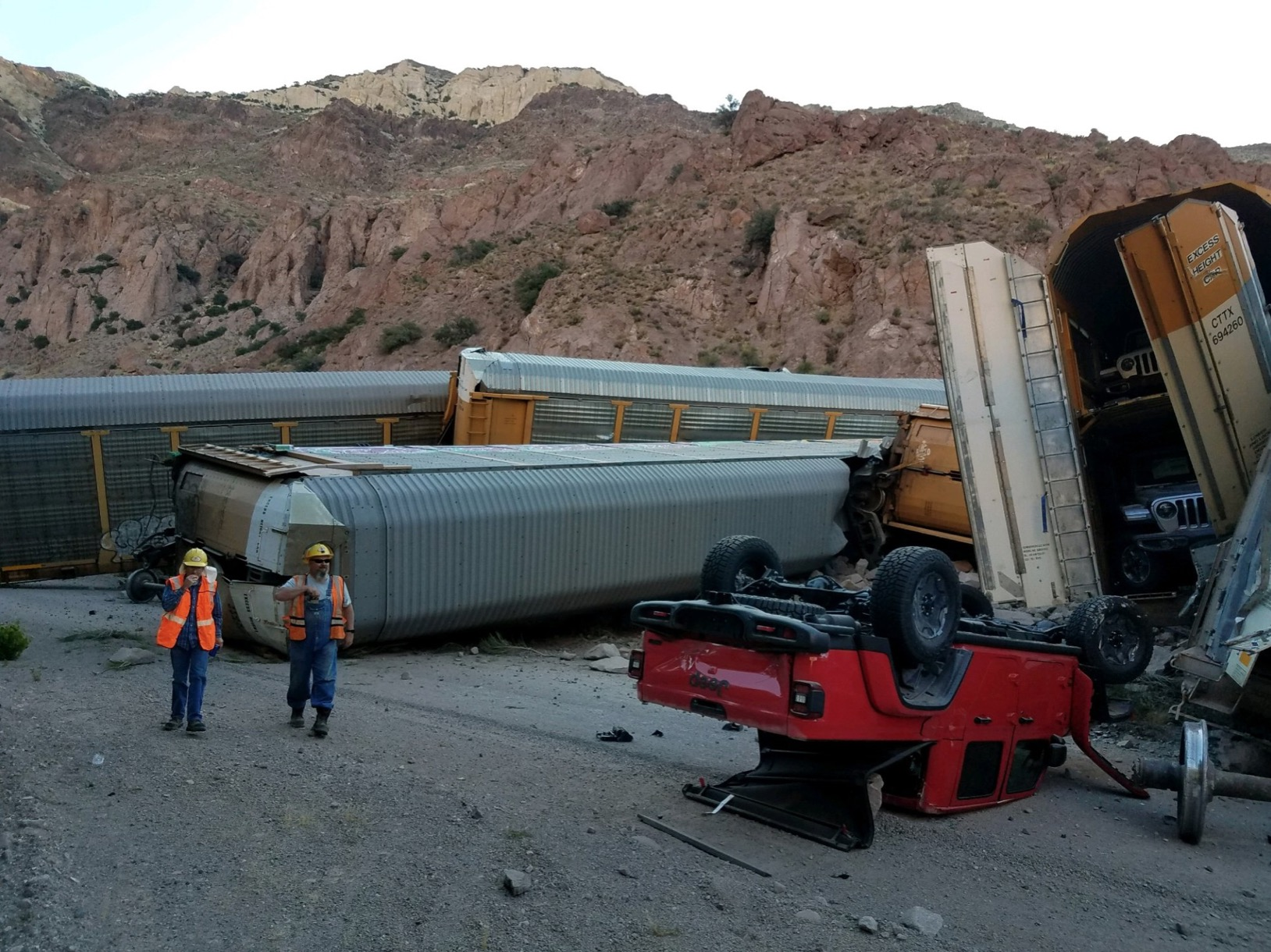 Hope nobody's order is delayed (train carrying new Jeeps derails