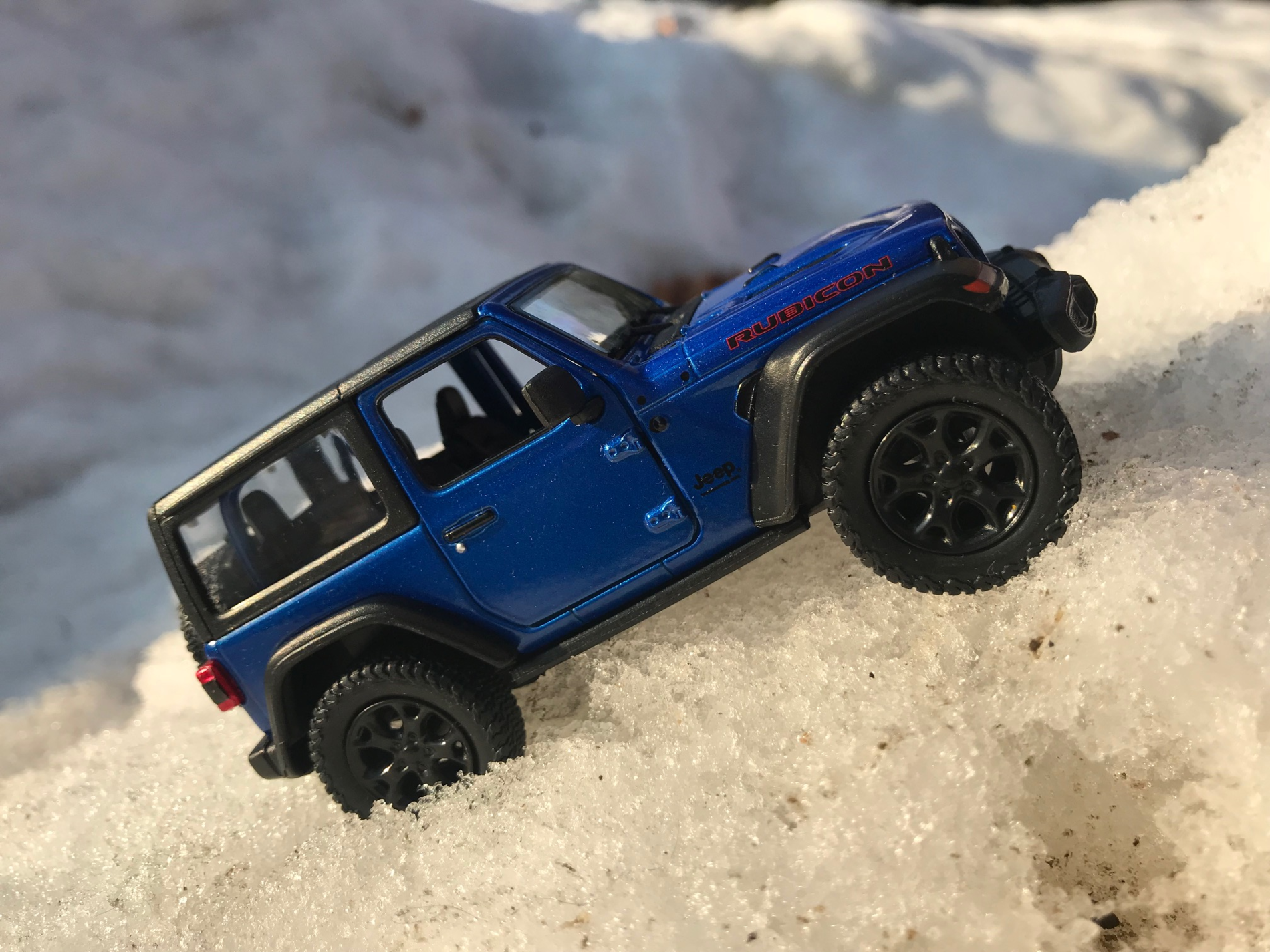 Jeep toy in snow2.png