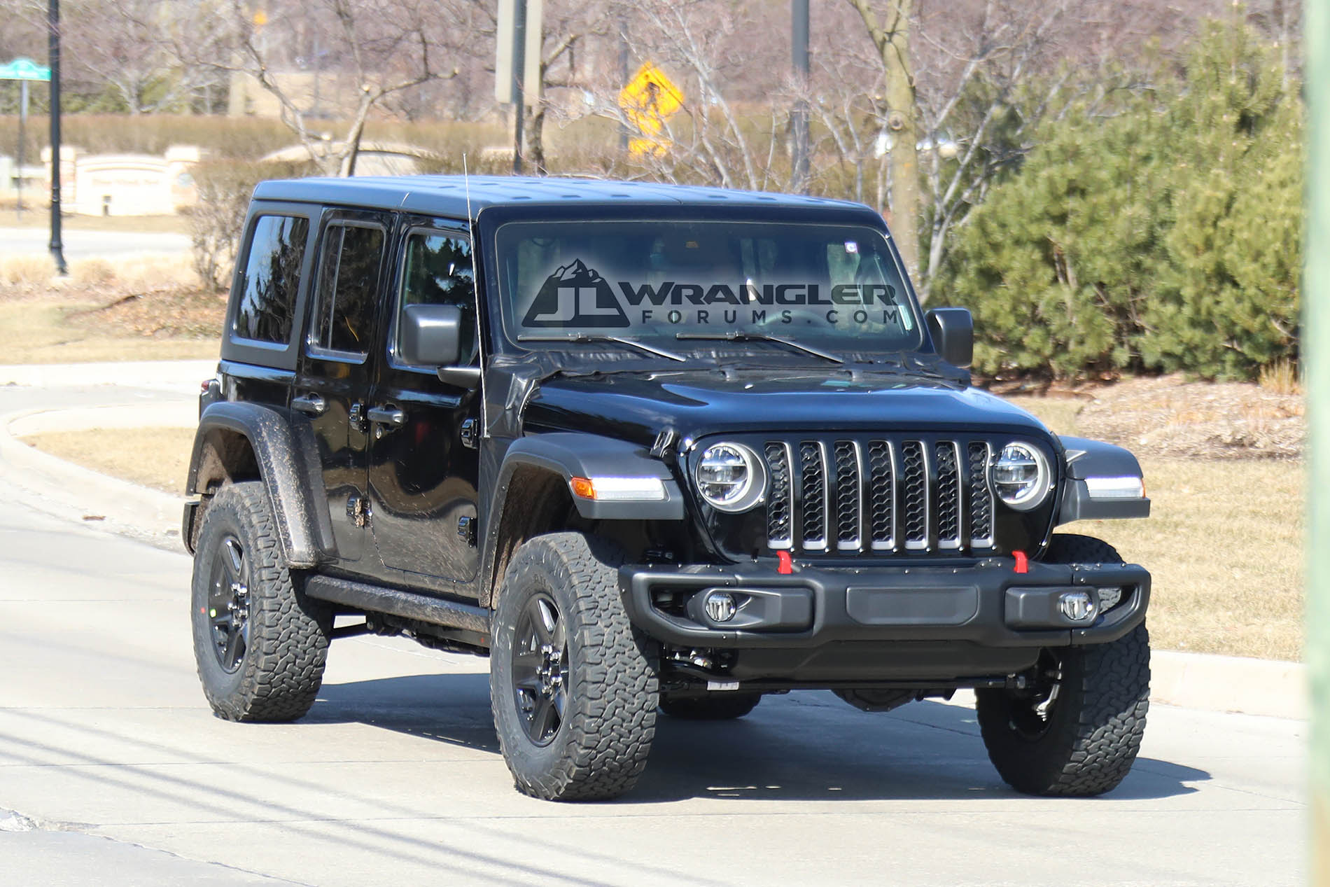 First sighting of 2020 Jeep JL Wrangler PHEV Plug-In Hybrid