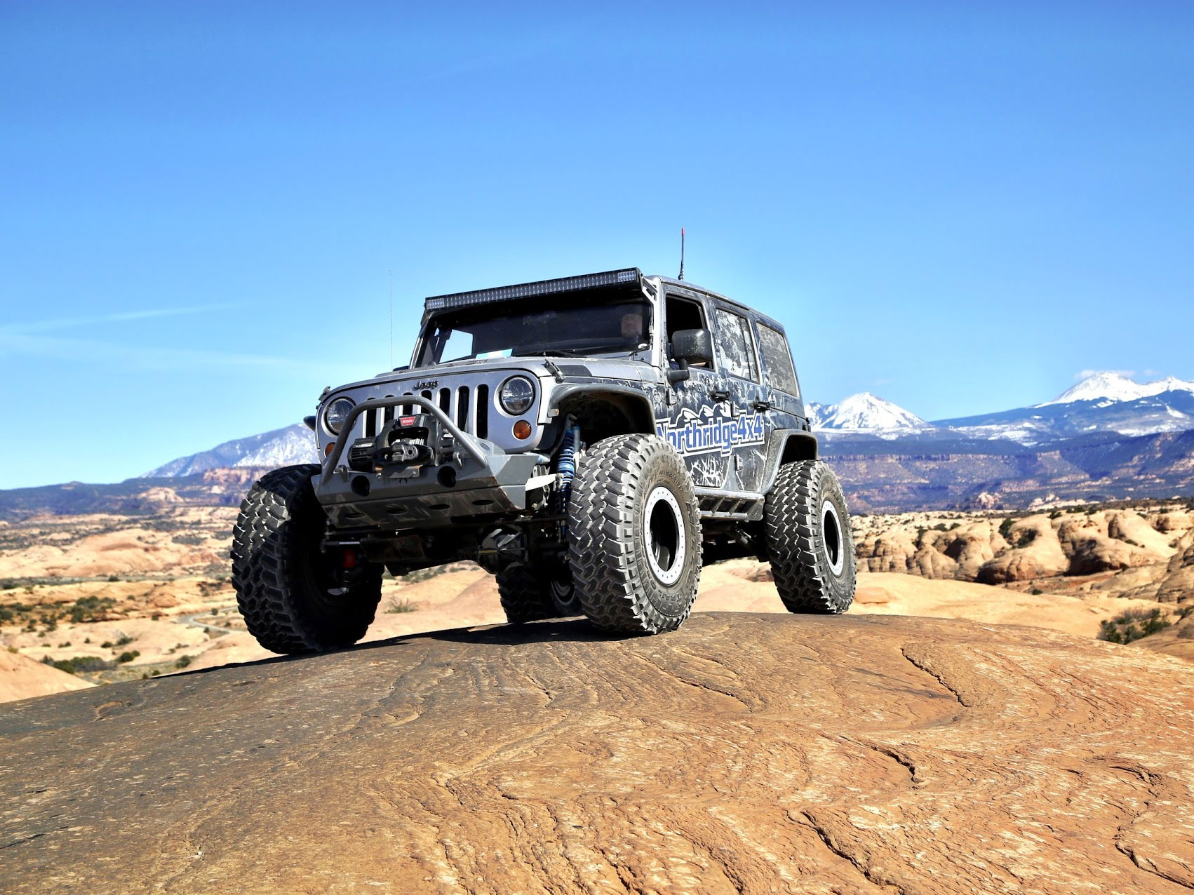 parts photo news mopar accessories and grand rack gallery jeep receives over cherokee