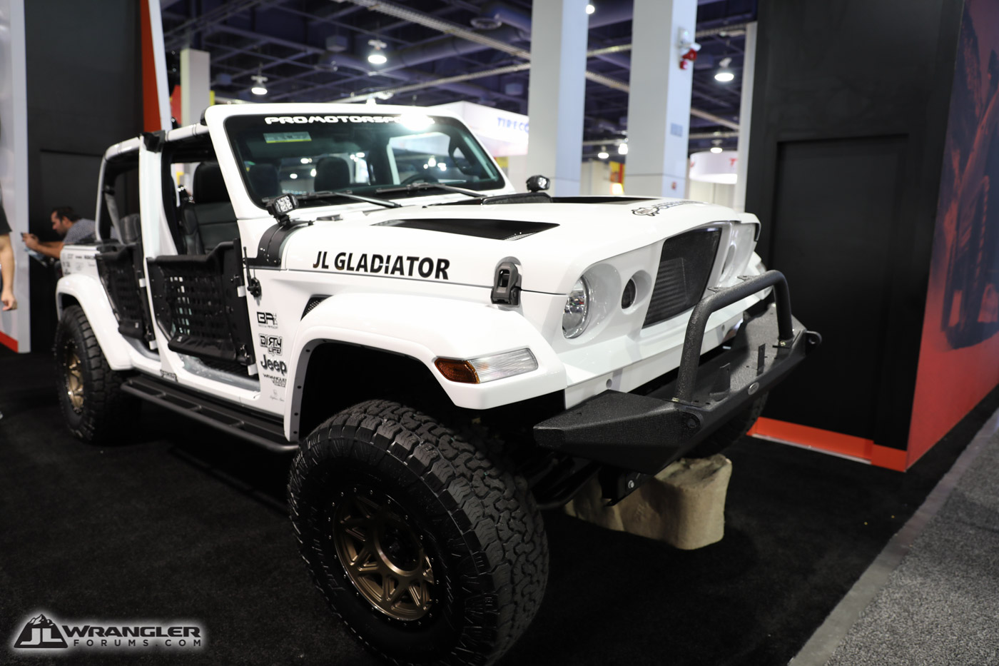 JL Gladiator Build [SEMA 2018 - JLWF Coverage] | 2018 ...