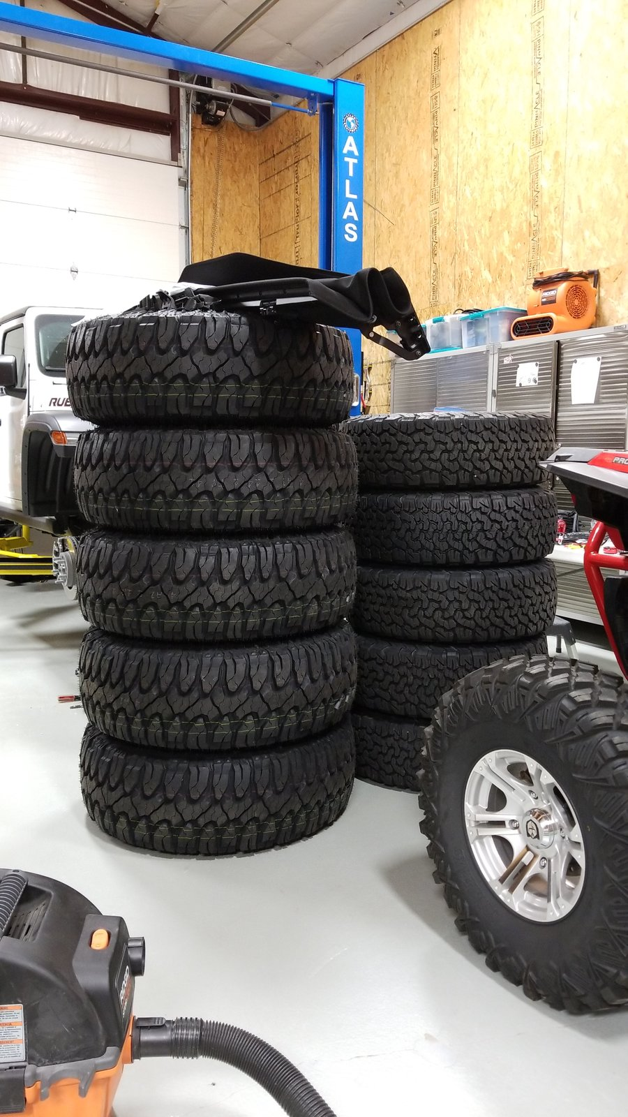 Anyone running the Milestar Patagonia M/T tire? | Page 17