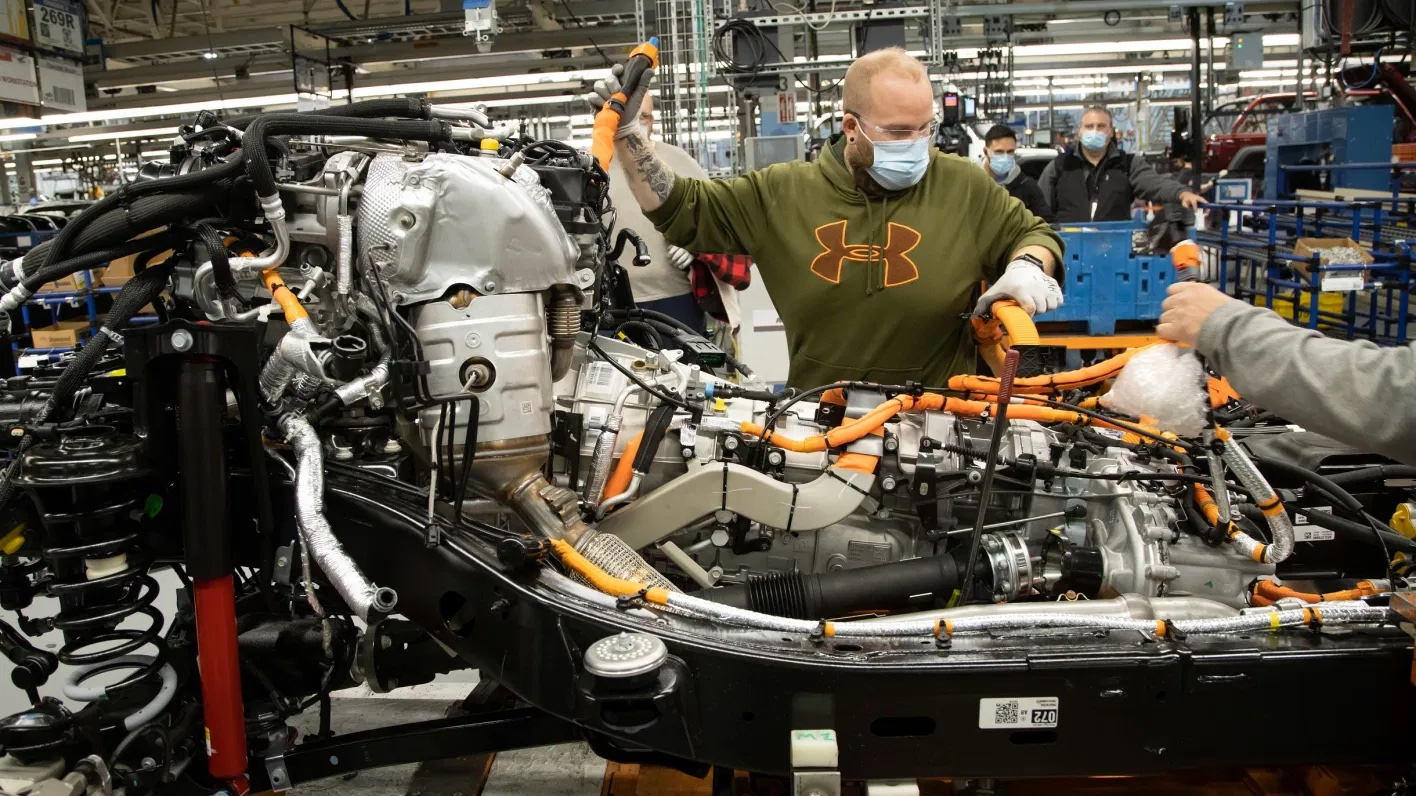 Production-launch-of-the-2021-Jeep®-Wrangler-Unlimited-4xe.-Jeep-4.jpg.jpeg