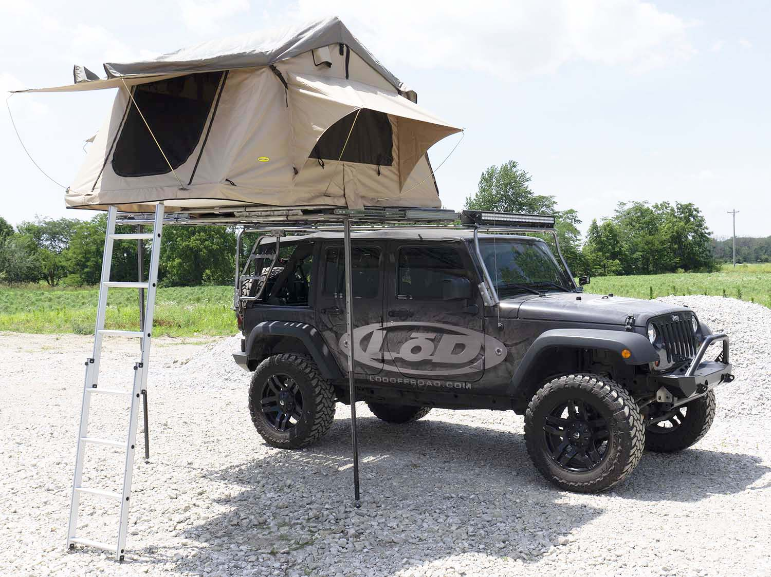 Roof Rack With Tent.jpg