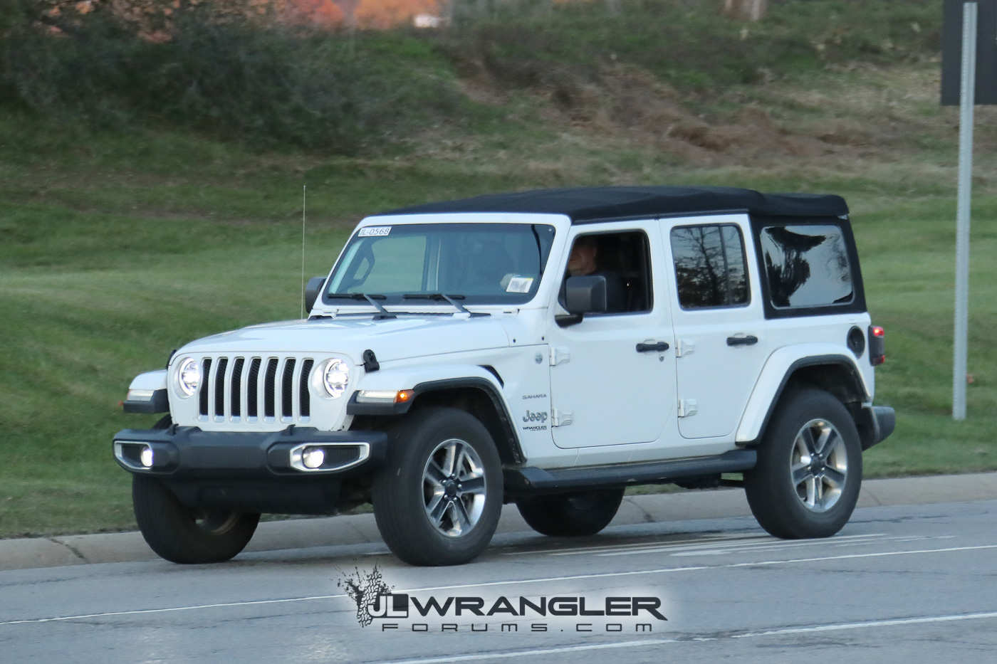 Jeep Wrangler 4 Door Soft Top >> Rubicon, Sahara, Sport and Overland JL Wranglers Spotted in Multiple Colors | 2018+ Jeep ...