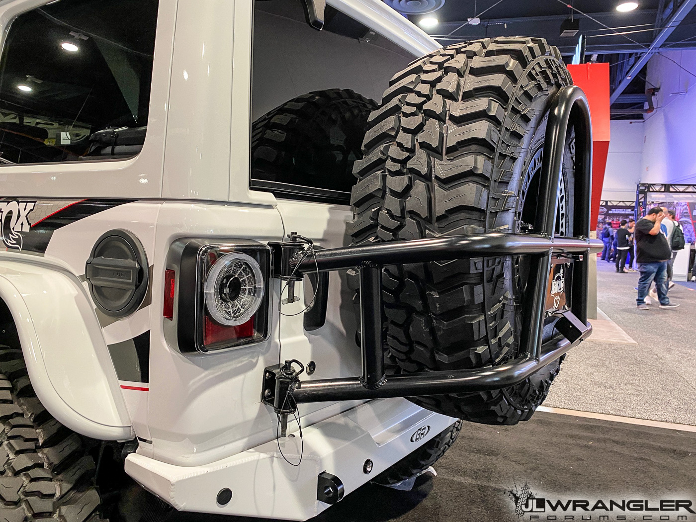 Spyder-JLU-Jeep-Wrangler-Build-SEMA-2019-17.jpg