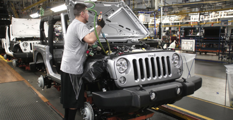 The Next Gen 2018 Jeep Wrangler Jl Will Be First Vehicle To Receive An Optional New 2 0 Liter Turbocharged Four Cylinder Engine That Fca Begin