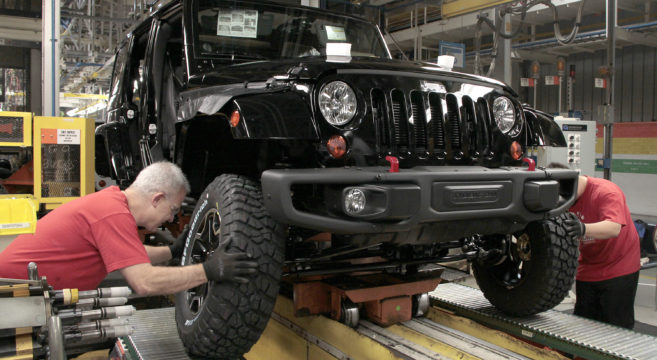 2013-Jeep-Wrangler-Rubicon-Toledo-assembly-plant
