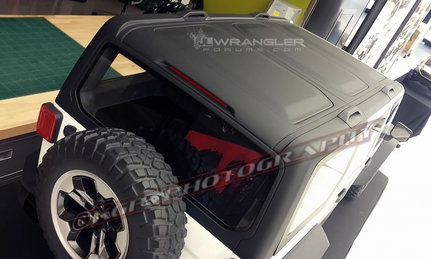 2018 jeep rubicon interior. plain interior 2018 wrangler roof design previewed in clay models inside jeep rubicon interior p