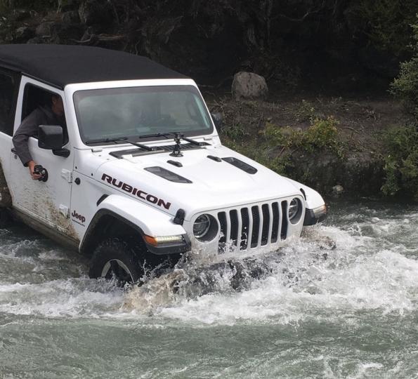2018 jeep manual. exellent jeep action shots of the 2018 wrangler jljlu inside jeep manual e