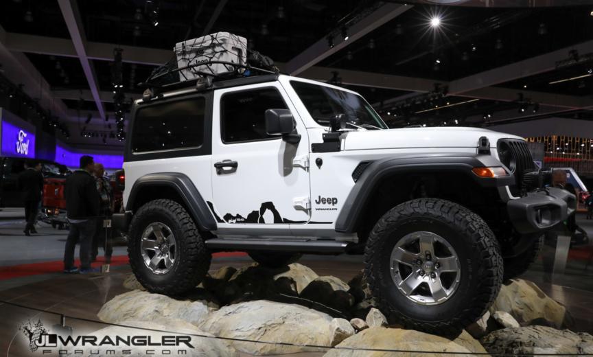 Mopar Modified Jl Wrangler Sport Debuts In La 2018 Jeep