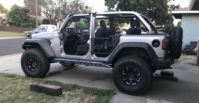Build A Jeep >> Meet Bolt The Silver Sport S Jl Build 2018 Jeep Wrangler