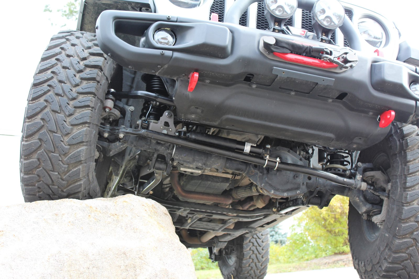 Maximus-3 Previews Its JL Geo-Lift Suspension System and ...