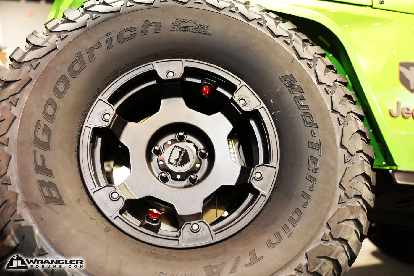 New TeraFlex Nomad Wheels Have Built-in Air Down Feature ...