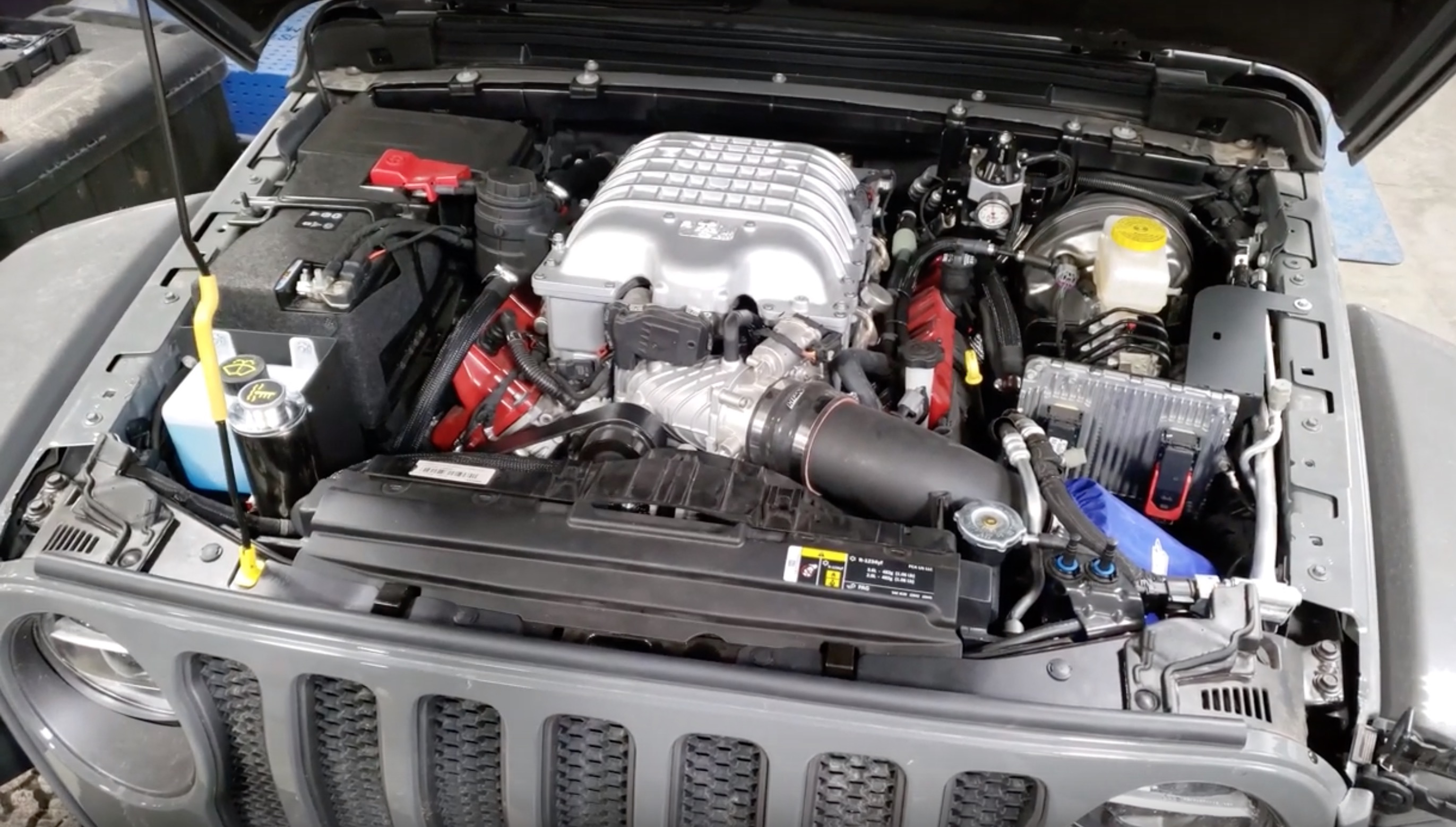 Hemi Hellcat V8 Powered Jeep JL Wrangler Conversion  Yes